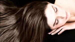 Sağlıklı ve Parlak Saçlar için 5 Öneri