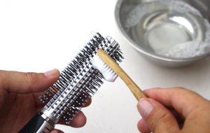 Saç Aletlerini Temizlemenin Püf Noktaları